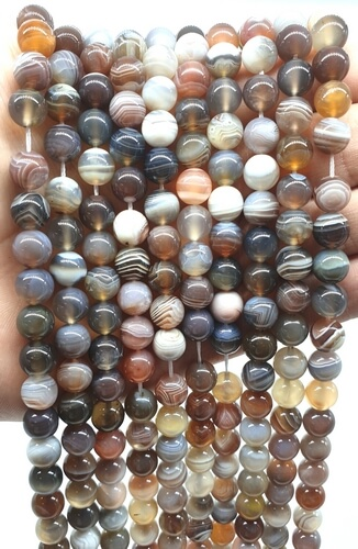 Perles Agate Bostwana 8mm sur fil 40cm